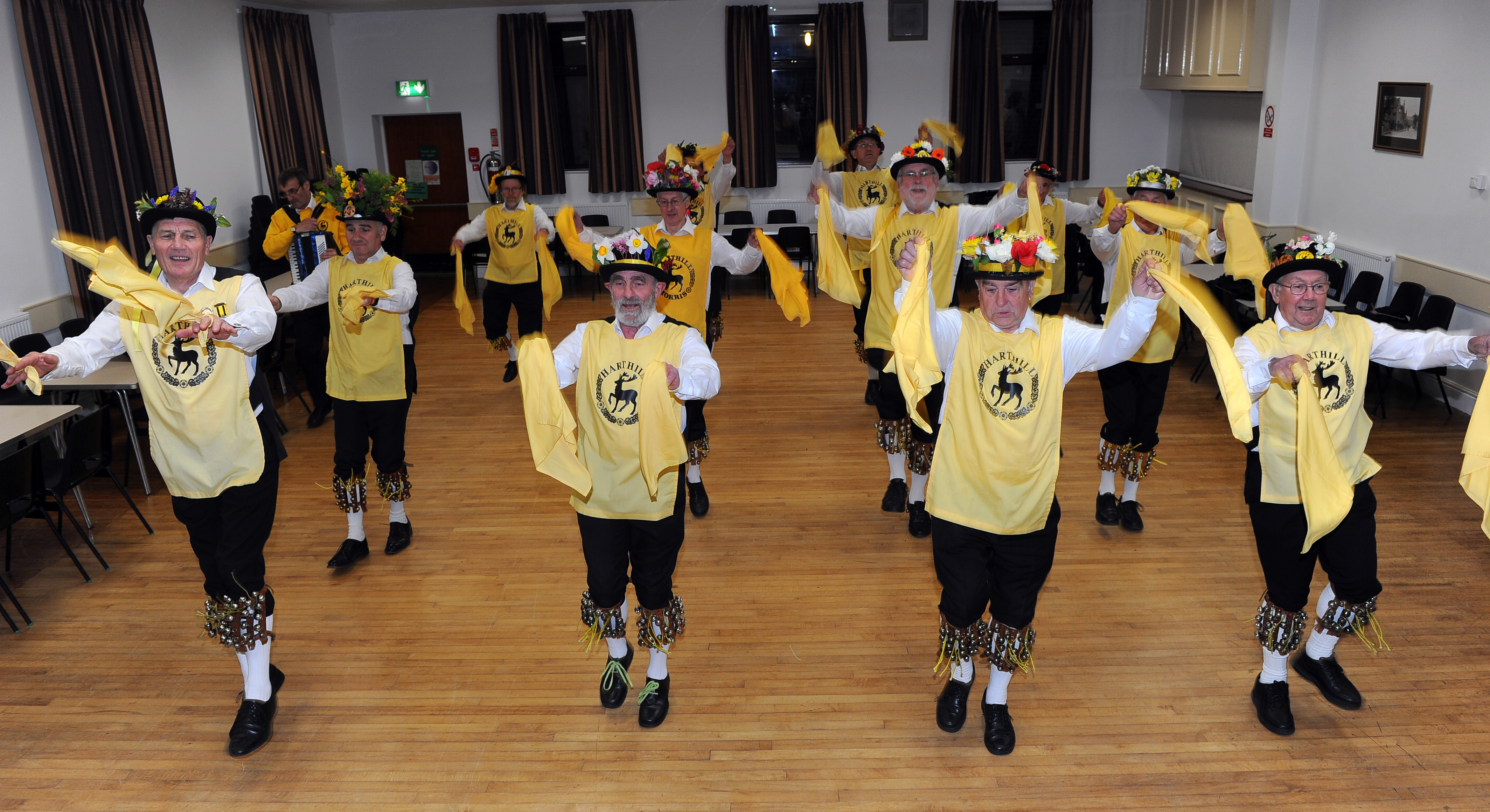 150631-02 Harthill Morris team get ready for new season