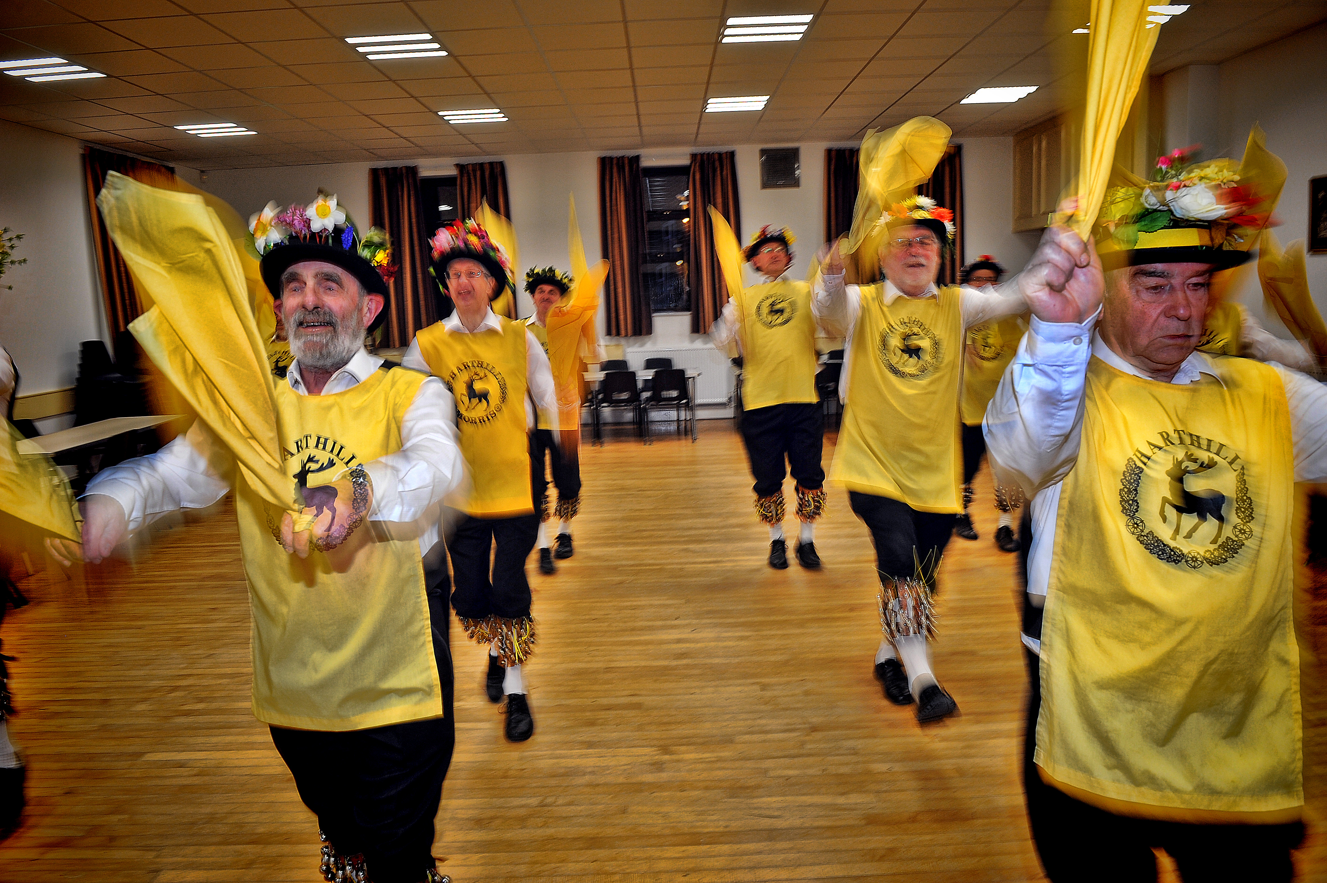 150631-03 Harthill Morris team get ready for new season